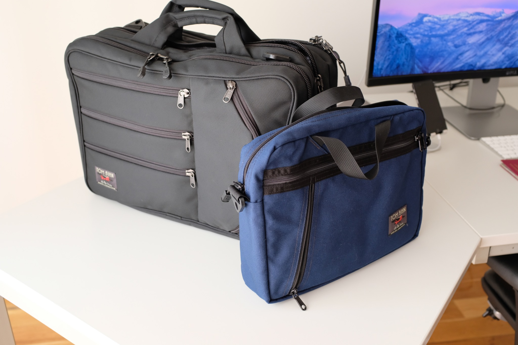 The Daylight Briefcase in comparison to the Tri-Star